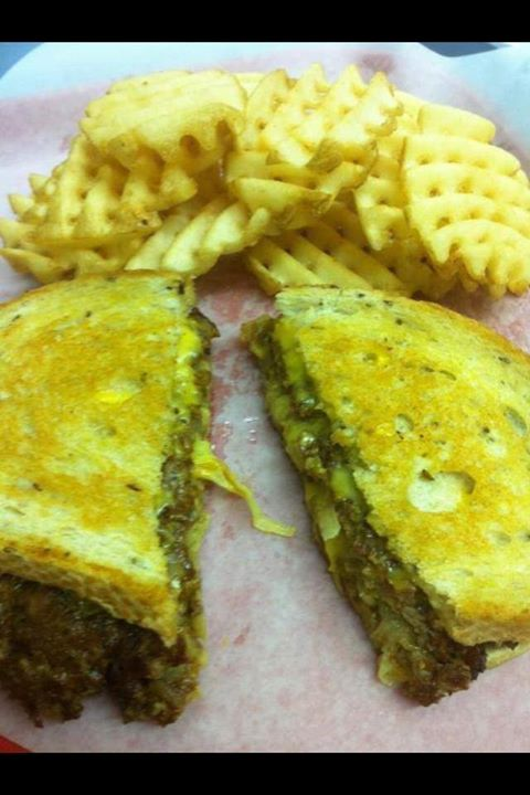 Patty Melt & Criss Cut Fries - Fulgenzi's Pizza & Pasta